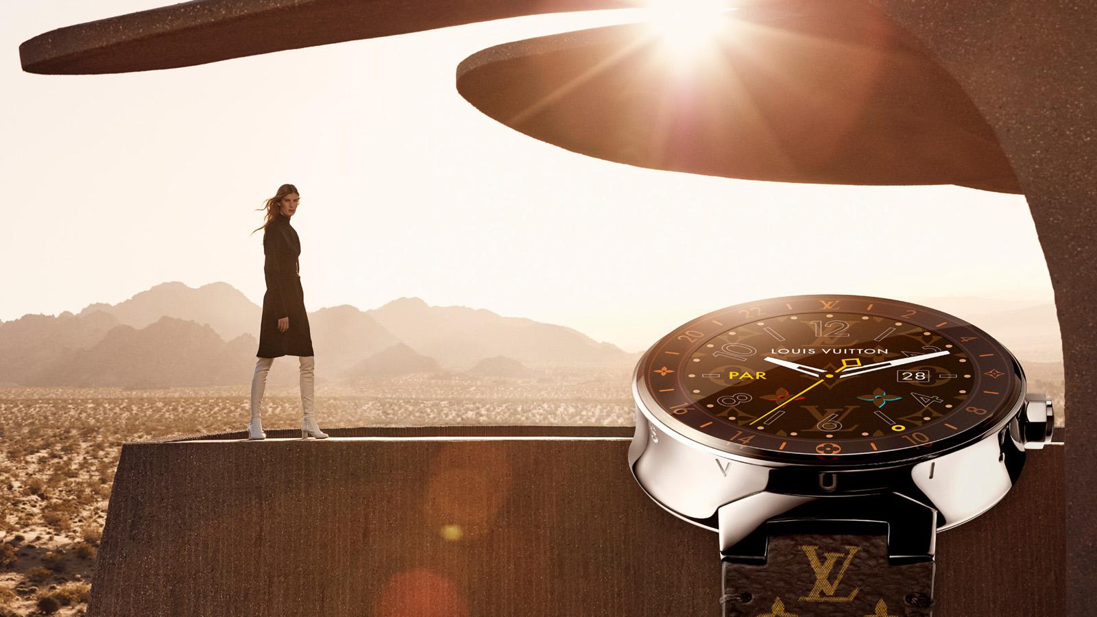 Louis Vuitton vytvořil Android Wear hodinky za 56 000 Kč