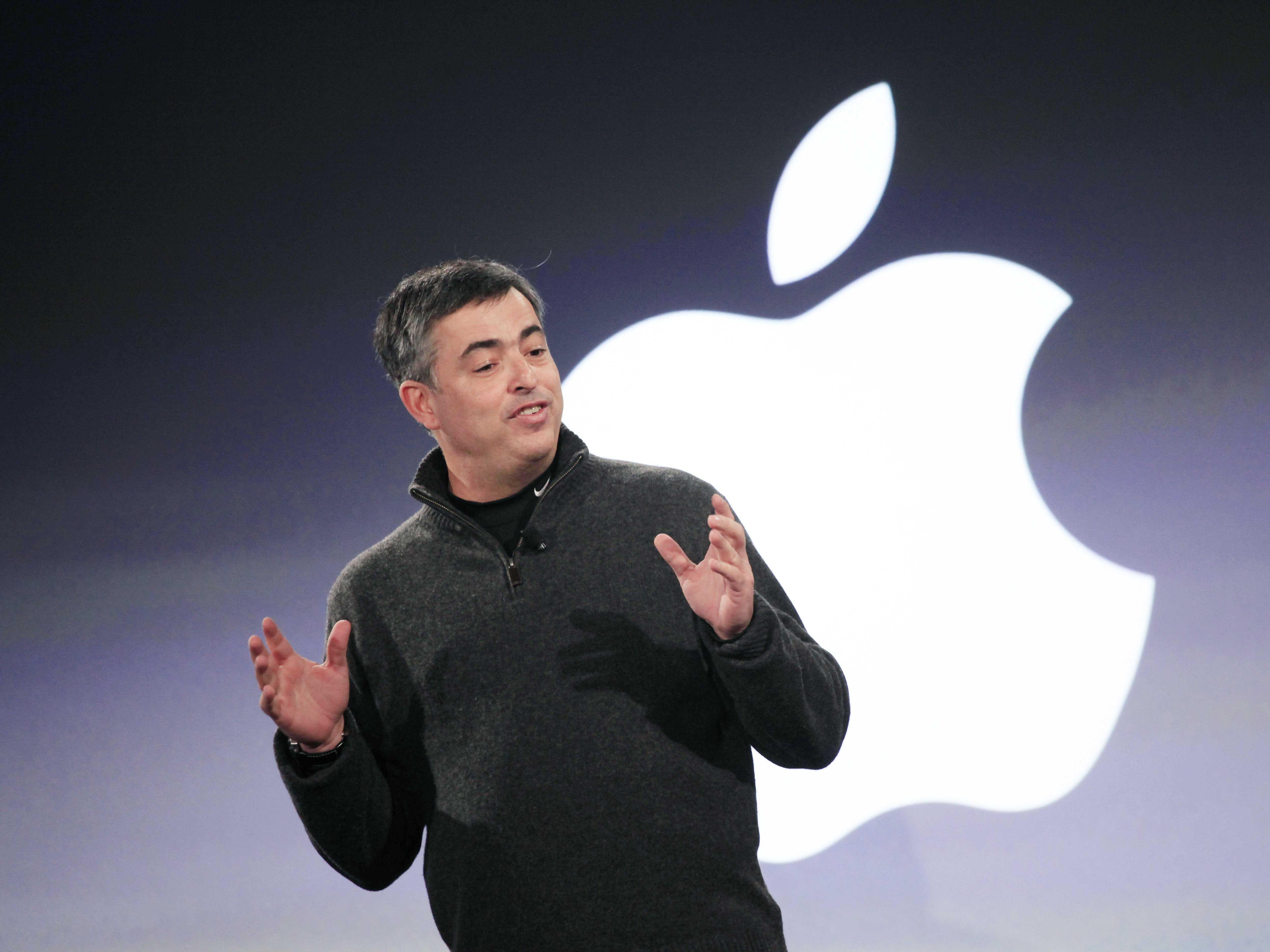 Apple: Eddy Cue končí na pozici hlavního výkonného vedoucího vývoje Siri
