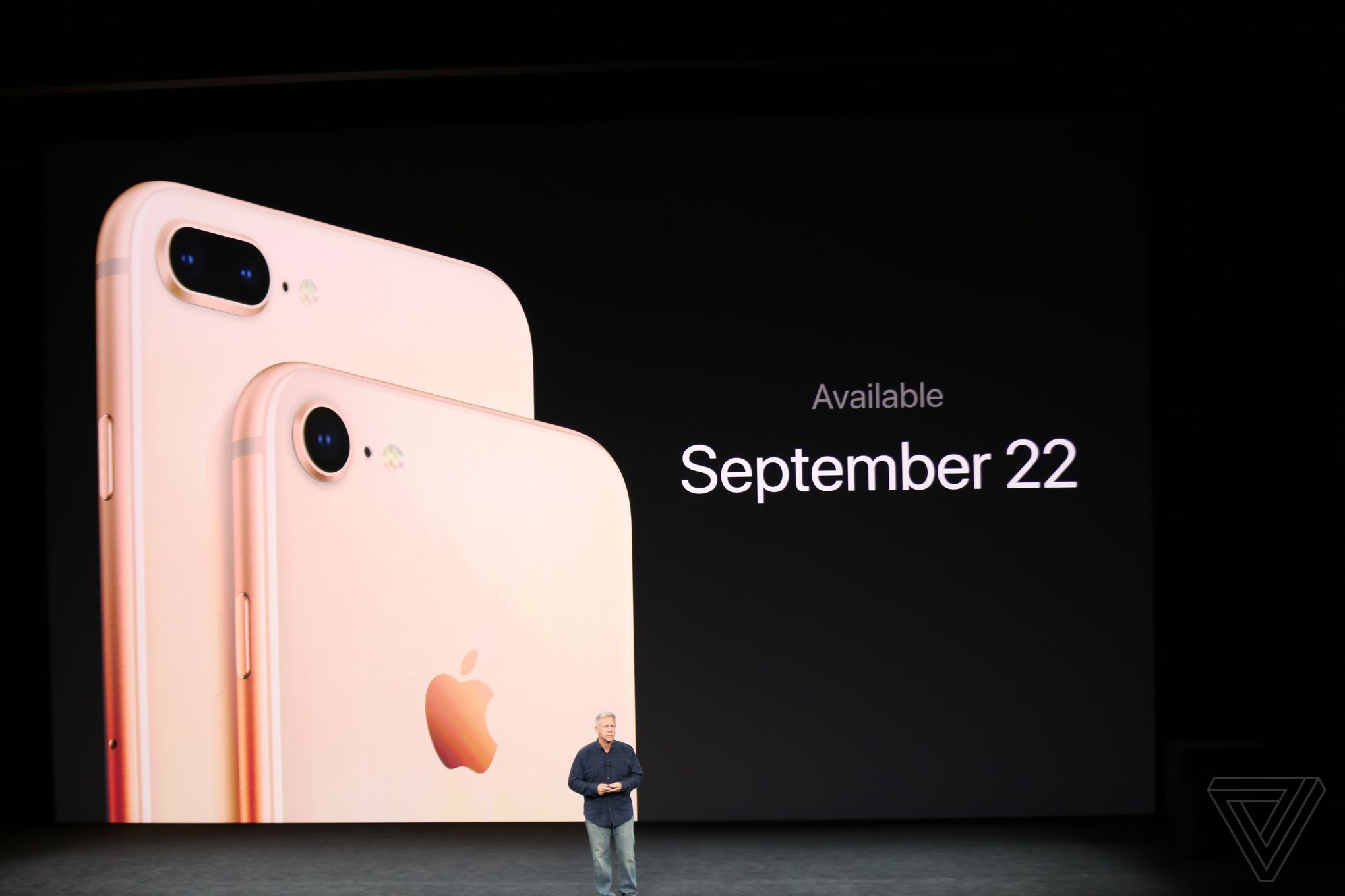 iPhone 8 a 8 Plus – ve znamení evoluce (cena od 20 990 Kč)