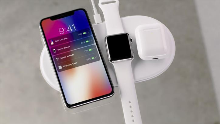 iPhone X nabídne větší baterii než iPhone 8 Plus