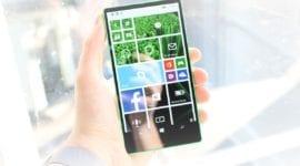 Microsoft mohl jako první uvést mobil s minimálními rámečky