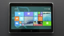 Lumia 2020 – pohled na zaříznutý tablet od Microsoftu