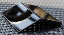 ZTE Axon M – první skládací telefon ještě letos?