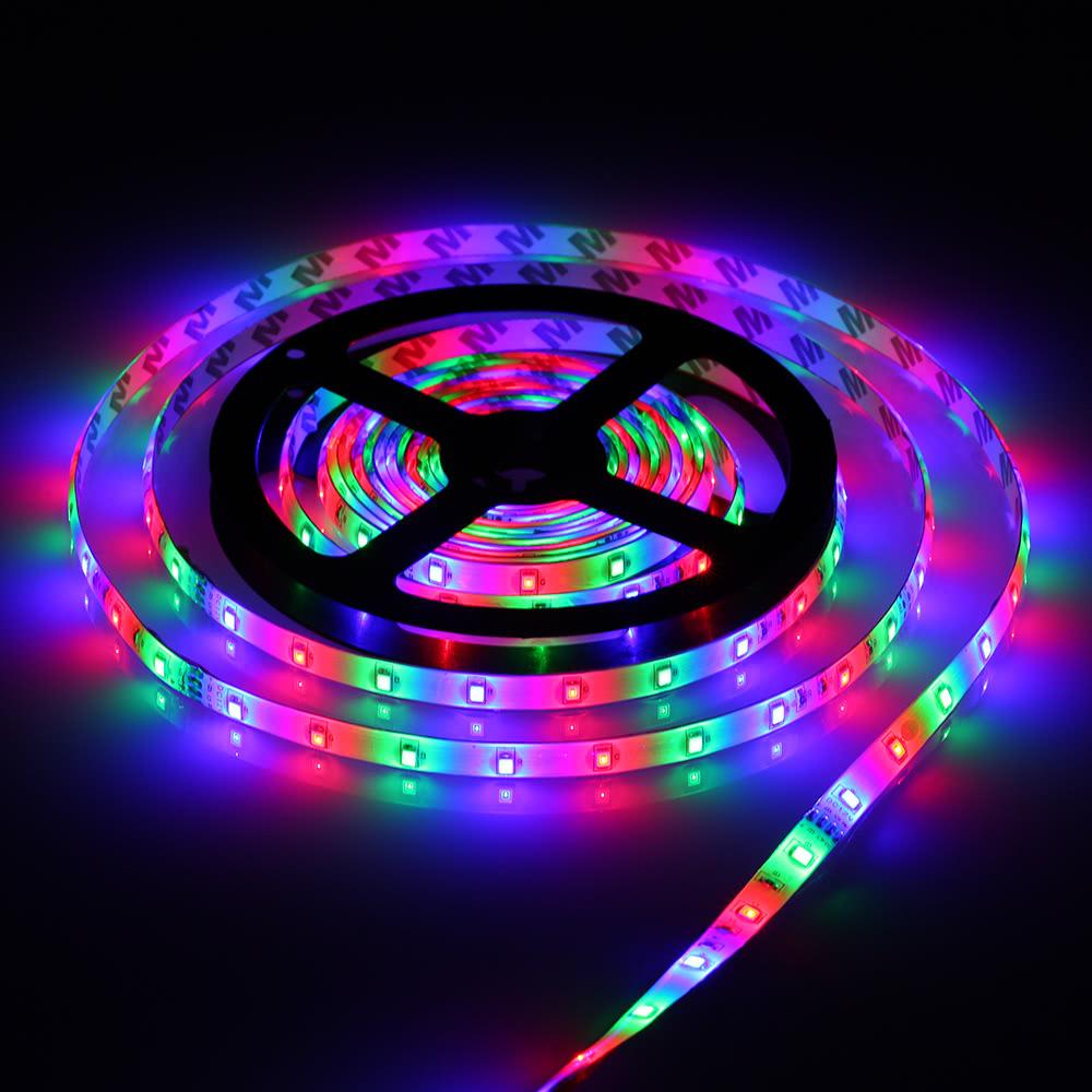 Připravte se na Vánoce s TomTopem, pořiďte si LED řetěz [sponzorovaný článek]