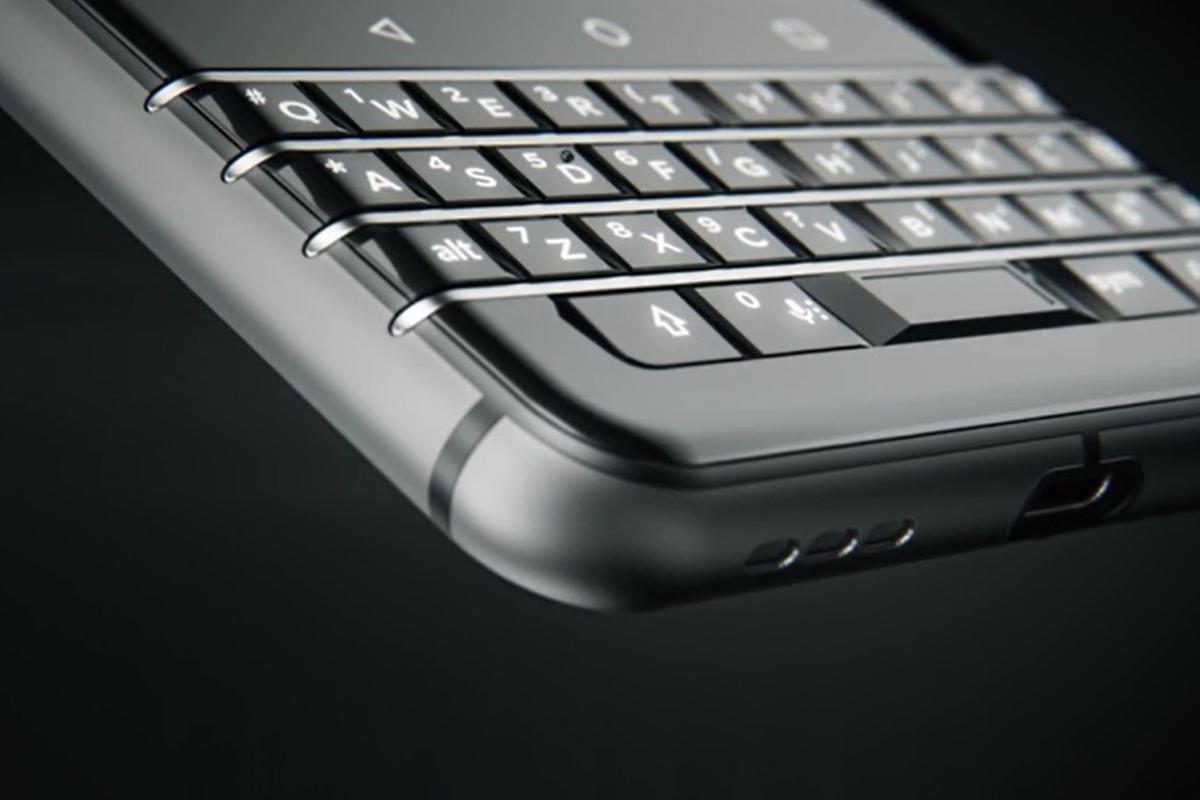BlackBerry s TCL chystá KEYtwo