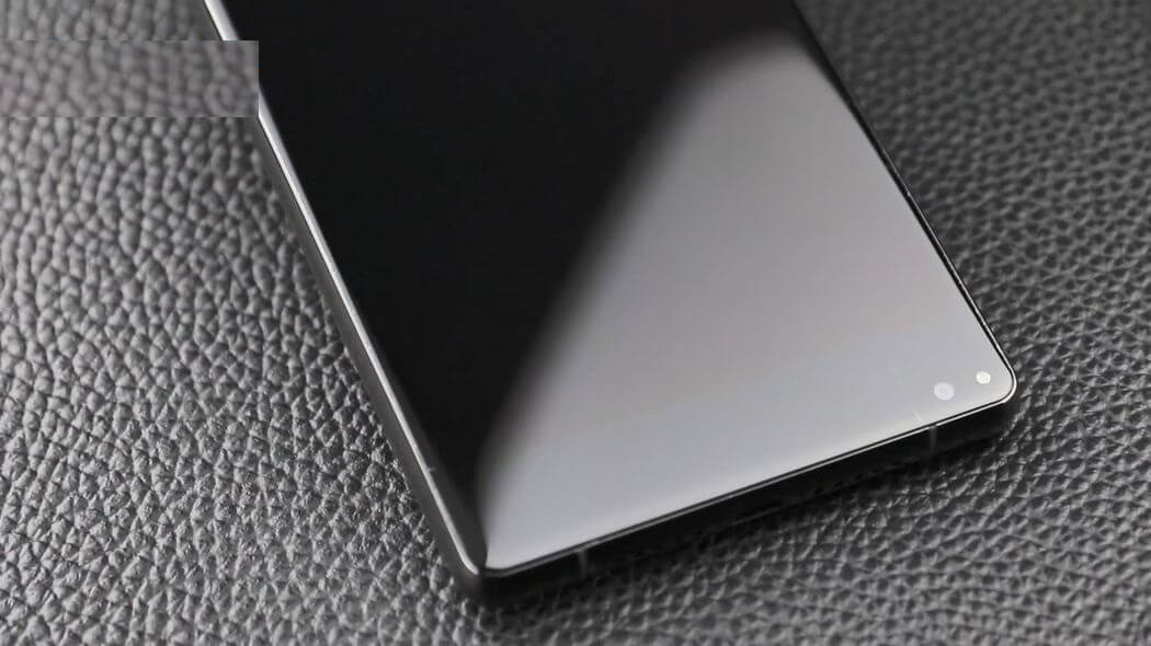 Oukitel nabízí bezrámečkový model MIX 2 za bezkonkurenční cenu [sponzorovaný článek]