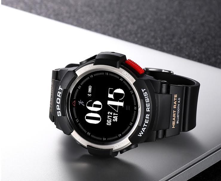 Další sportovní hodinky od NO.1 s názvem F6