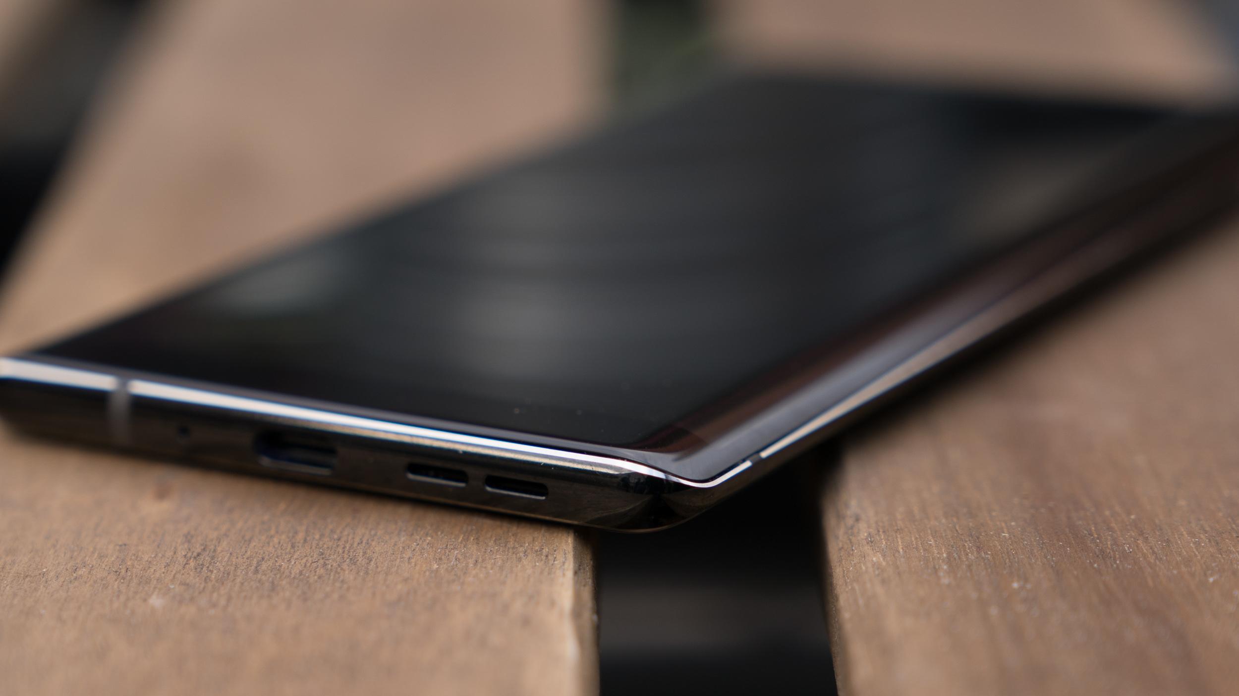 Nokia 8 Sirocco – první dojmy [video]