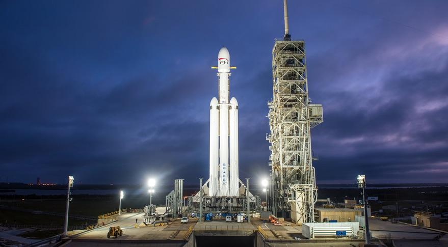 Space Launch Now – sledujte start Falconu Heavy na svém telefonu