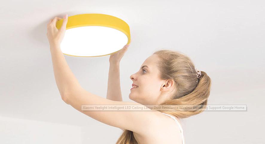Chytrý lustr od Xiaomi, který se sám zhasne, když usnete [sponzorovaný článek]