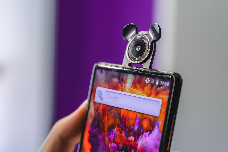Bluboo S2 – ušatý fotoaparát [video]