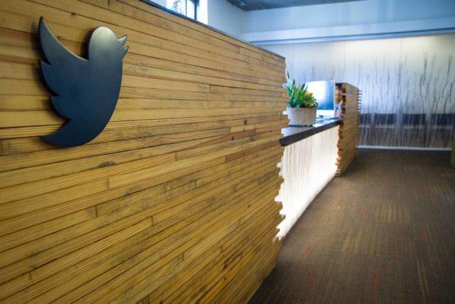 Twitter se v letošním roce aktivně vymezuje proti falešným účtům