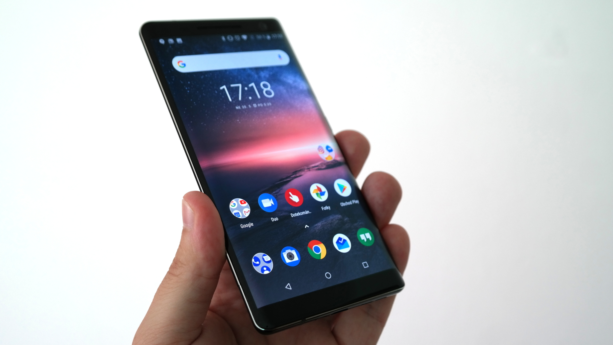 Nokia 8 Sirocco – nostalgie s puncem novoty a čistoty [recenze]