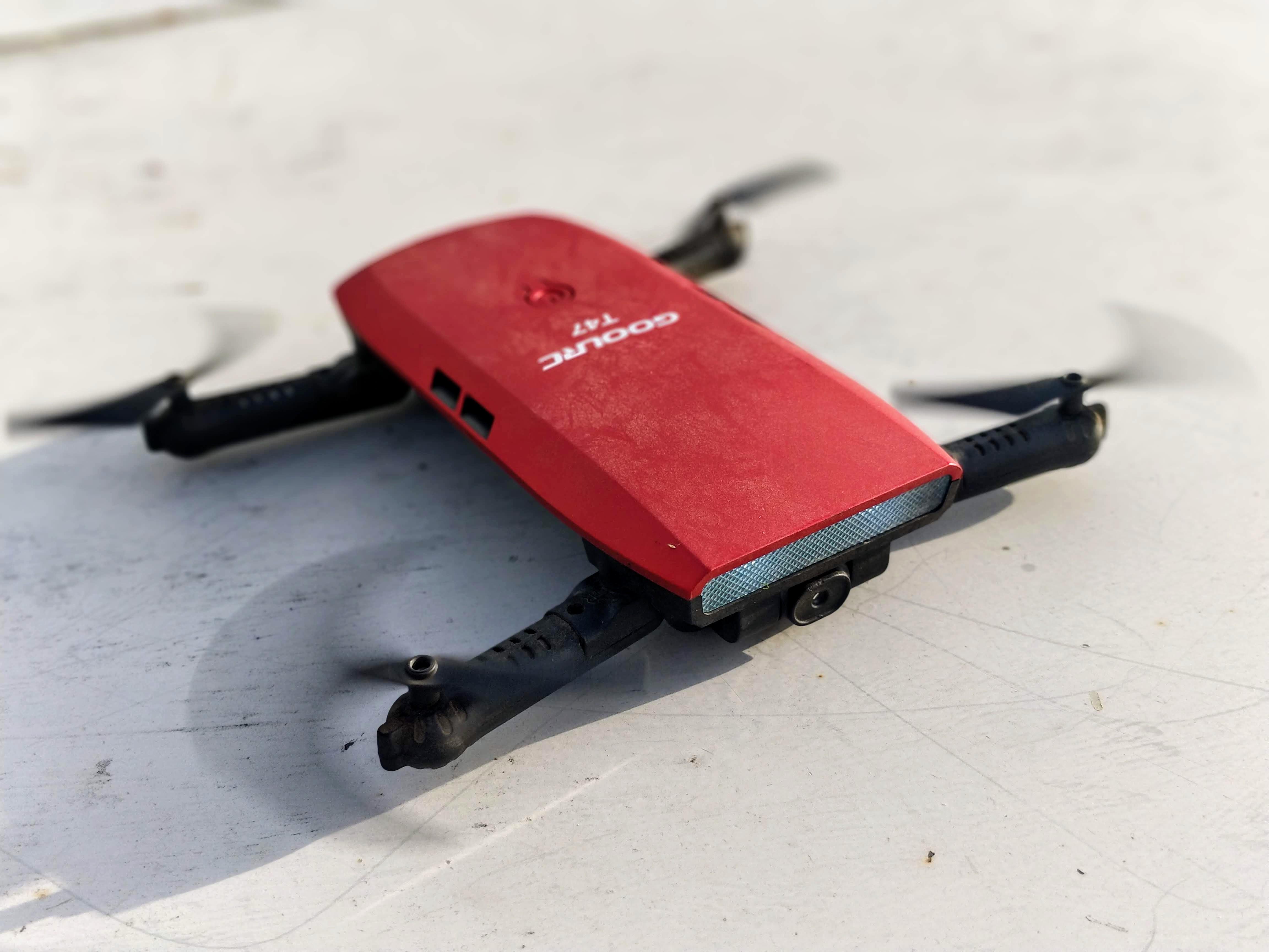 Dron GoolrRCT47 je skvělý prostředek pro naučení se lítat [recenze]