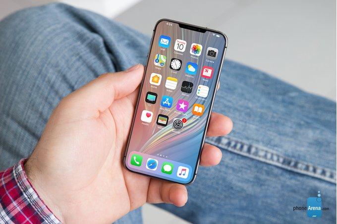 Konec spekulacím: iPhone SE2 nakonec nebude, Apple se zaměří na větší displeje