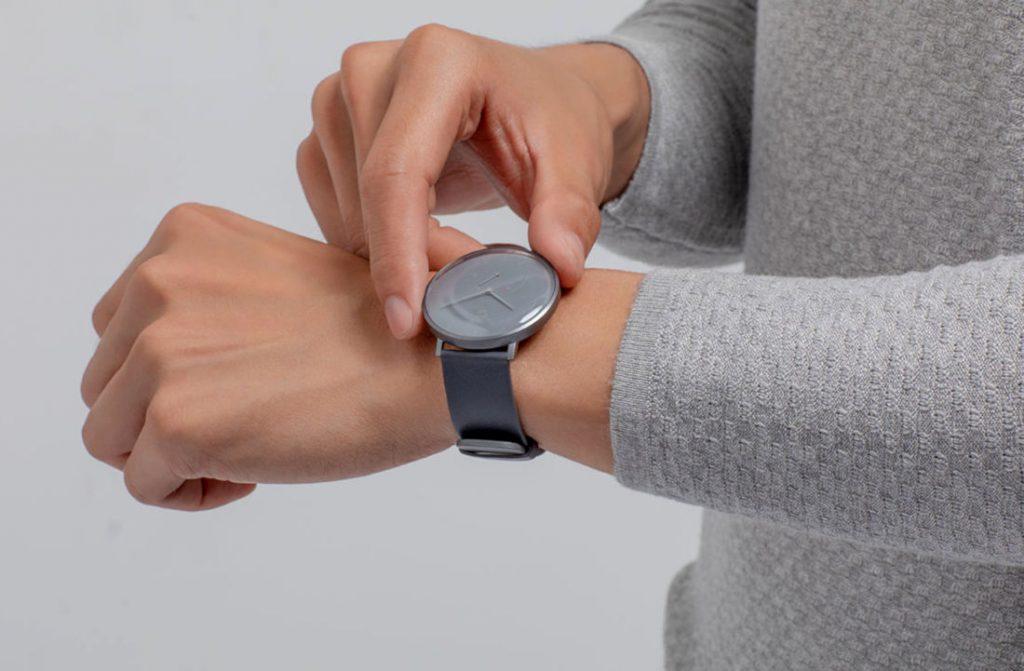 Xiaomi Mijia Quartz: hybridní chytré hodinky s až šestiměsíční výdrží