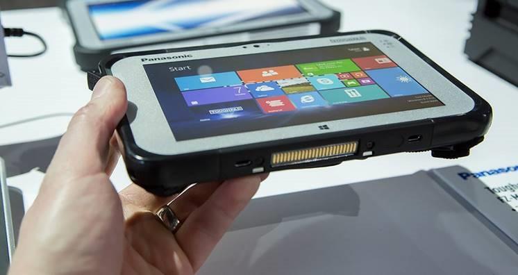 Společnost Panasonic aktualizovala konfigurace svého terénního tabletu FZ-M1