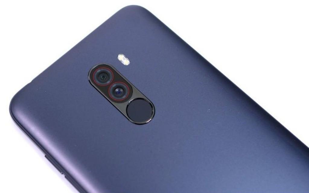 Xiaomi Pocophone F1: uniklo první video [aktualizováno]