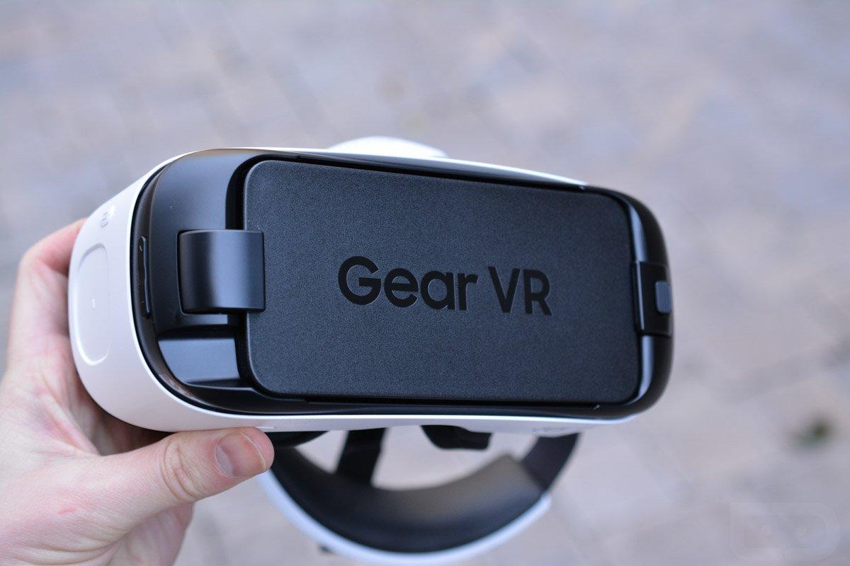 YouTube VR nově konečně podporuje zařízení Gear VR
