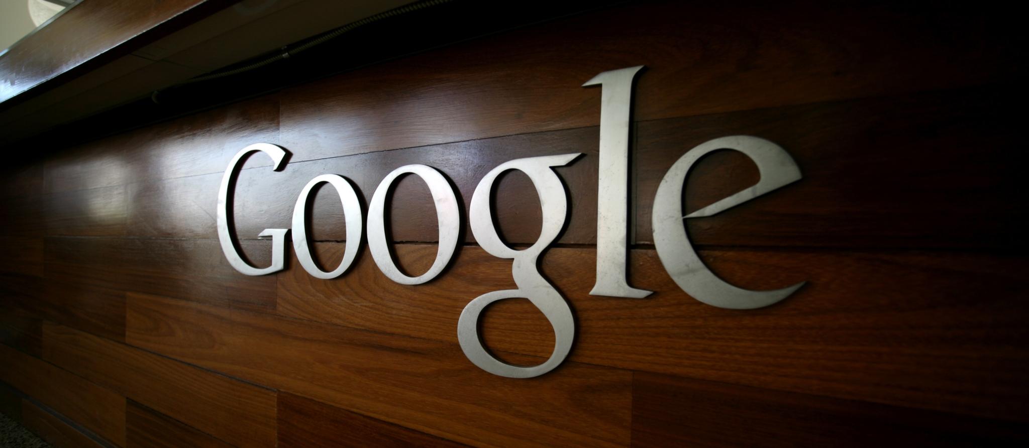 """Google pracuje na úpravě záložky """"oblíbené"""" v aplikaci telefon"""