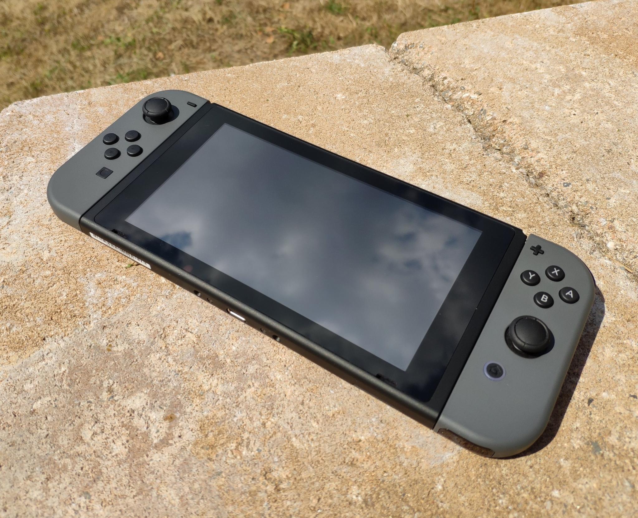 Nintendo Switch – aneb konzole do kapsy [recenze]