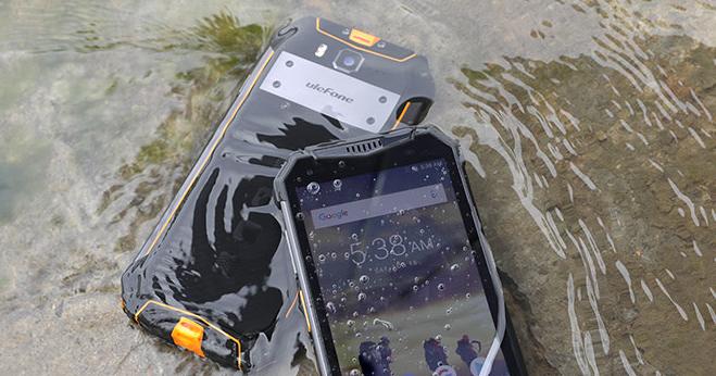 Ulefone Armor 3T – odolná vysílačka a telefon v jednom