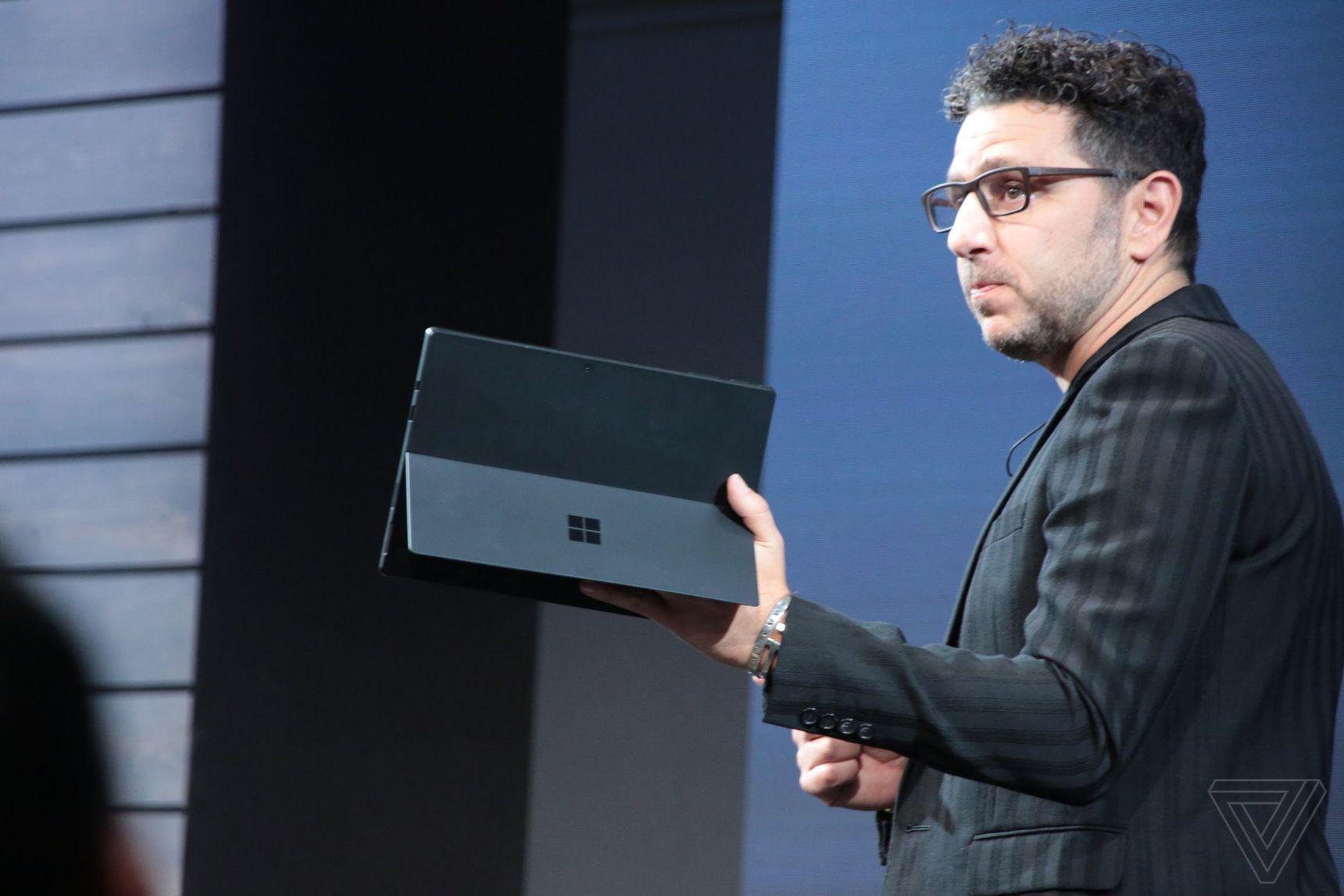 Surface Pro 6 oficiálně představen: spekulace byly potvrzeny [aktualizováno]
