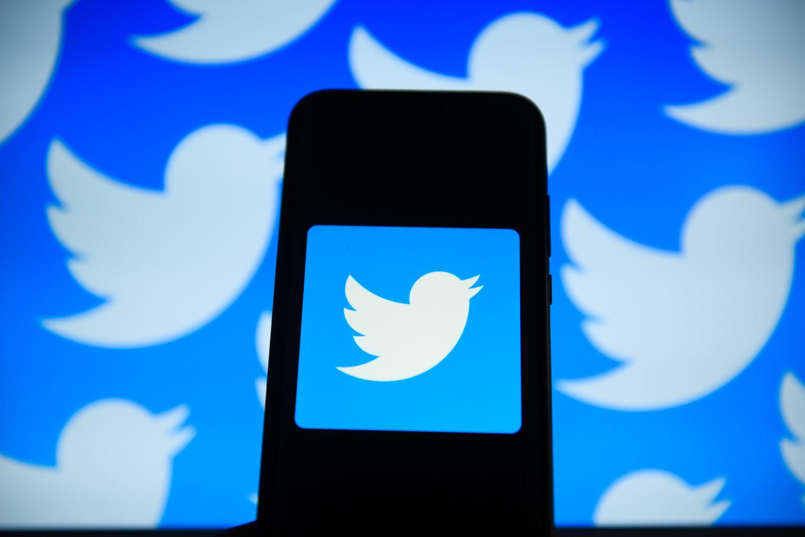 Twitter možná nabídne dovysvětlení místo tlačítka pro editování [aktualizováno]