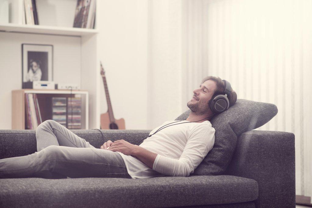 BaSys představil sluchátka Amiron Wireless za téměř 20 000 Kč