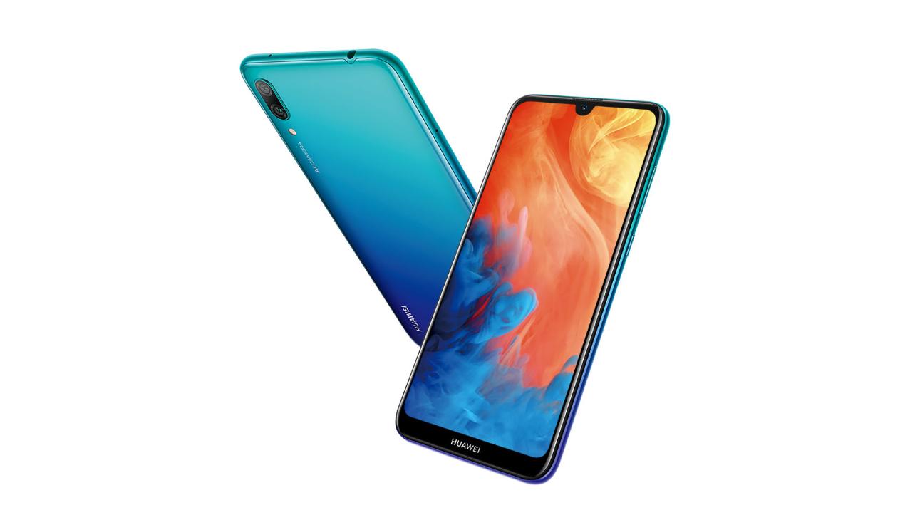 Huawei Y7 Pro představen, výřez v displeji a bez čtečky otisků prstů