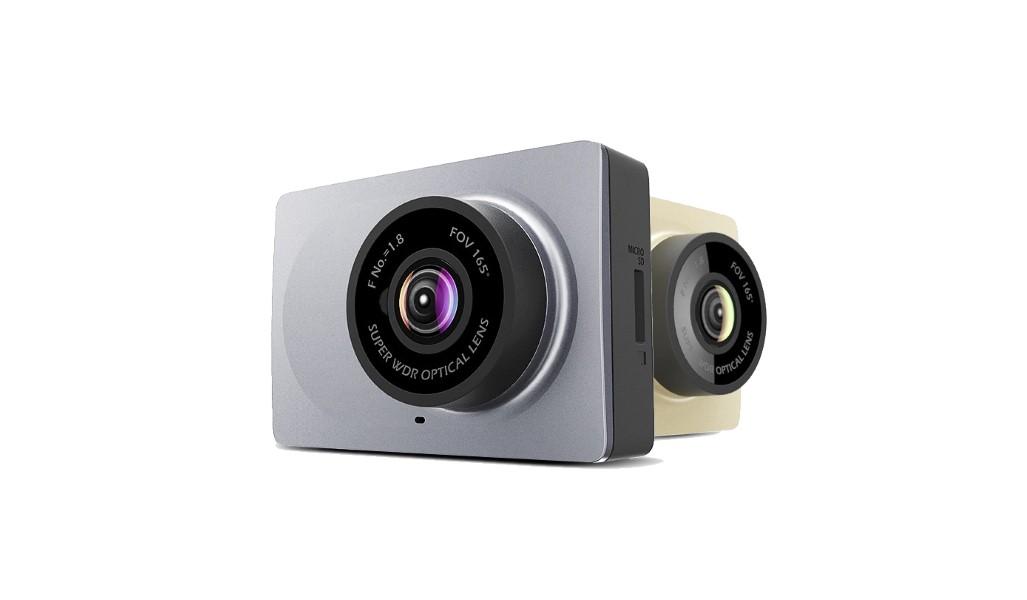 Skvělá kamerka do auta XiaomiYi Smart a slevový kupón! [sponzorovaný článek]