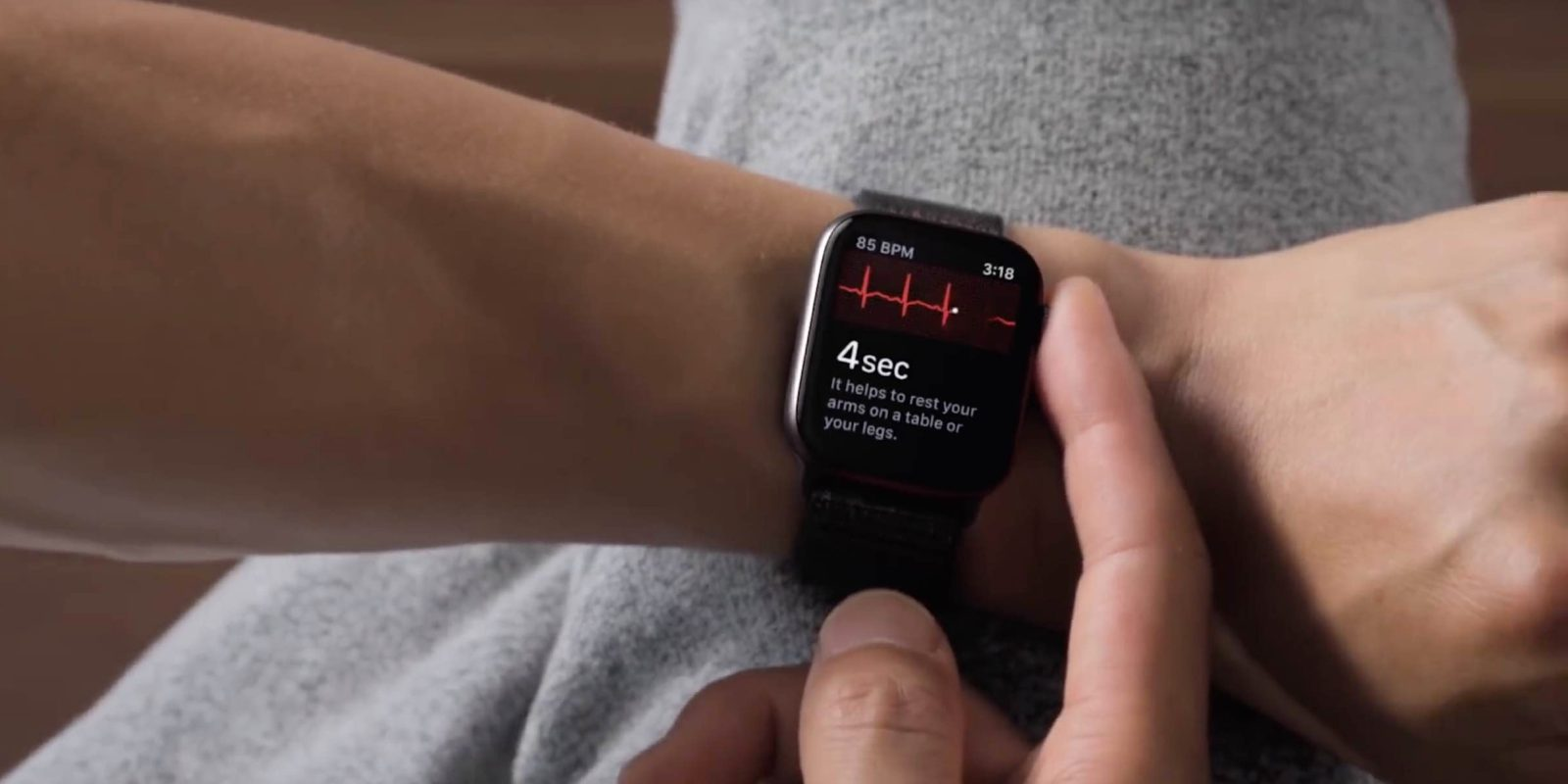 watchOS 5.1.2 přináší podporu EKG a další novinky