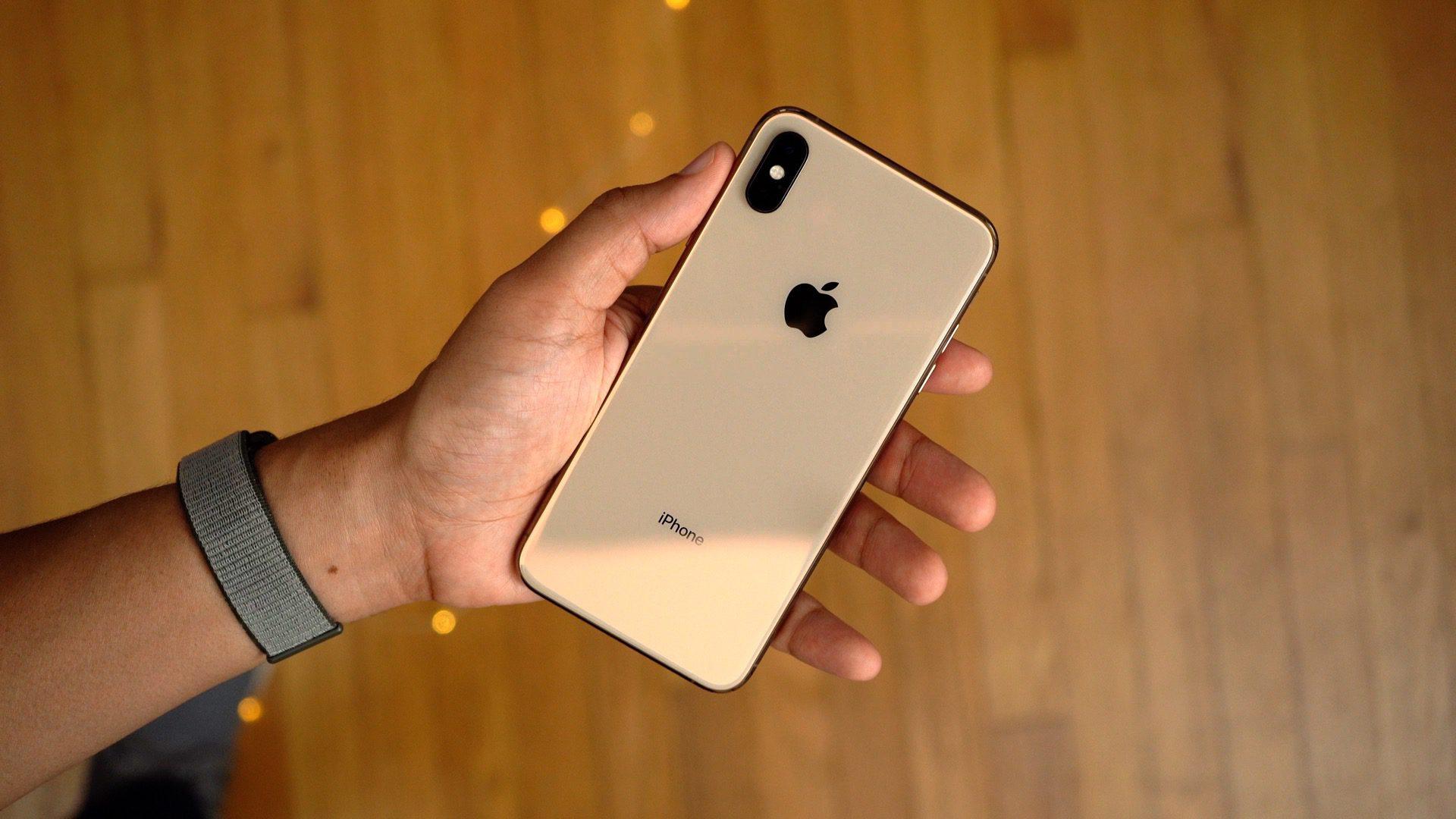 Apple zveřejnil první betu iOS 12.1.3