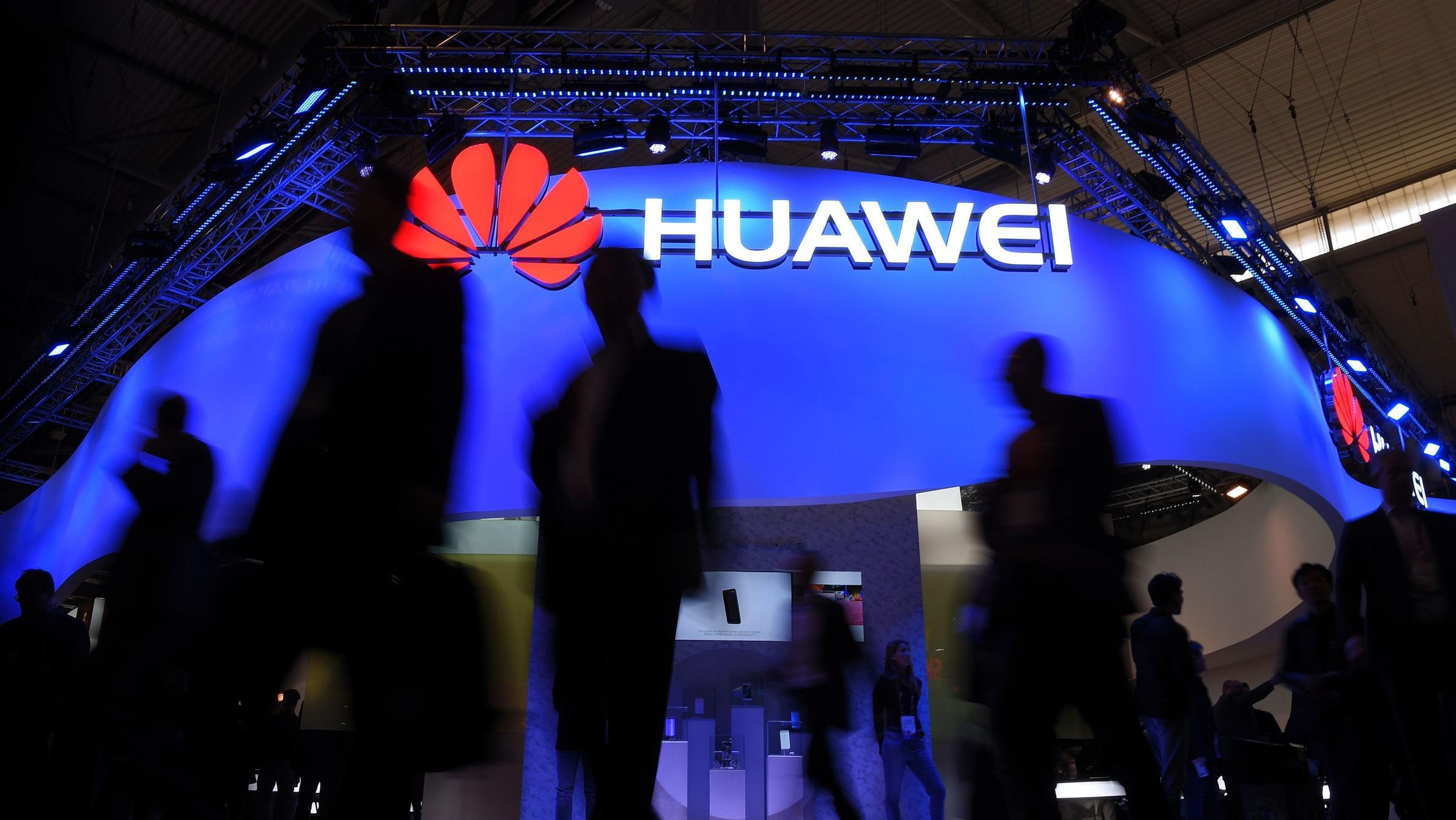 Huawei připravuje model P30 Lite
