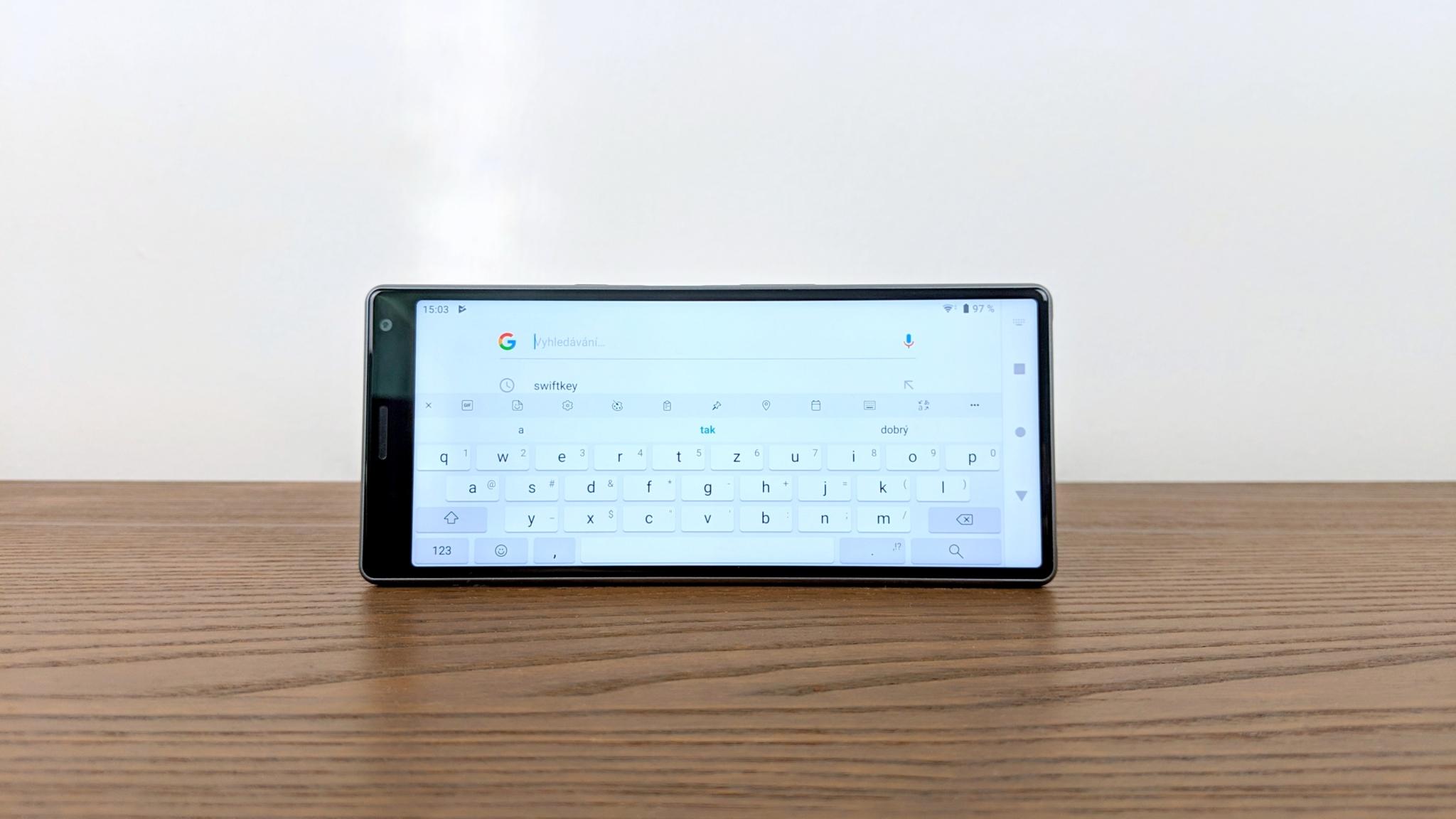 Klávesnice SwiftKey od Microsoftu nyní podporuje i Google vyhledávání