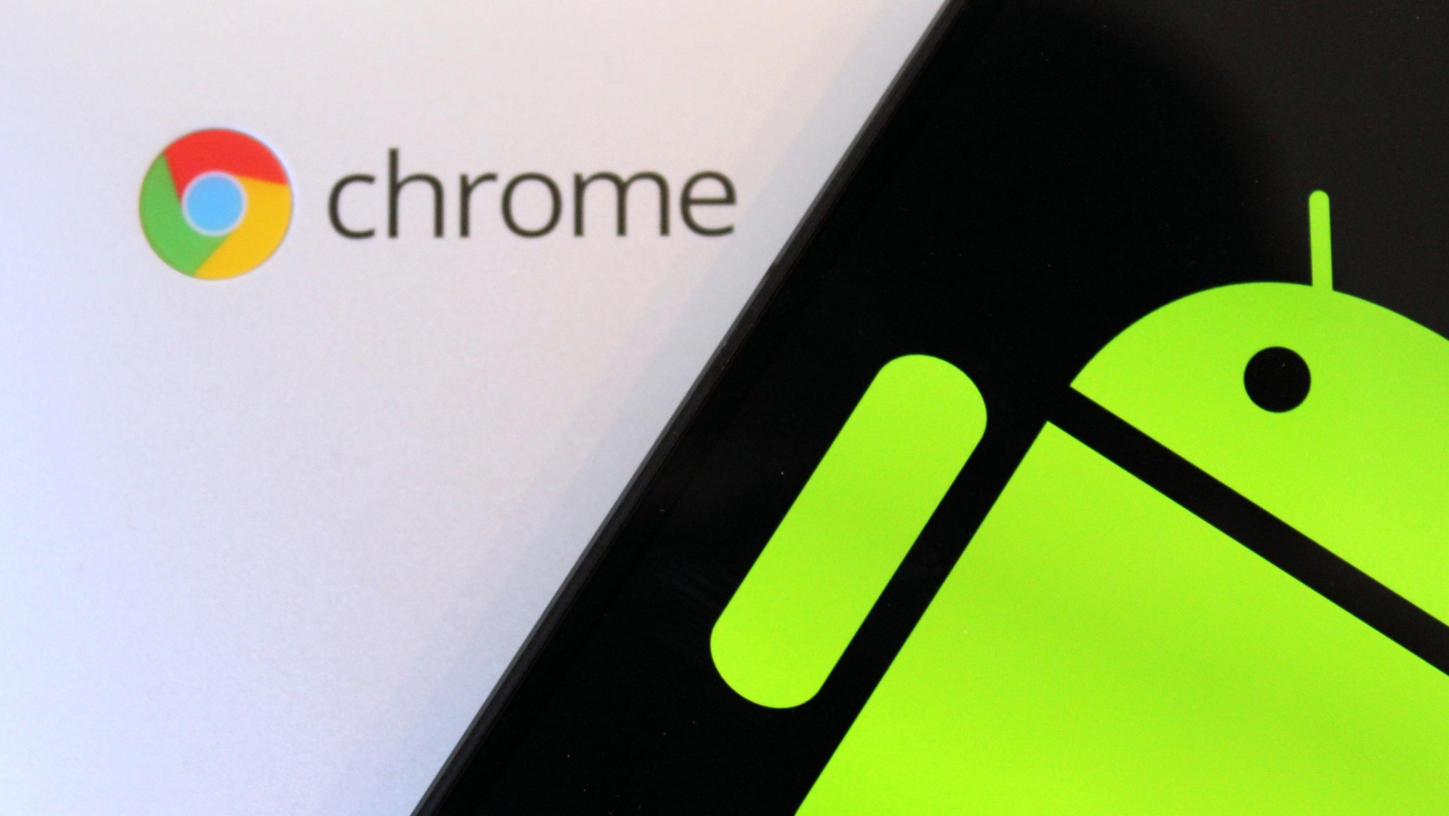 Chrome se učí přepínat weby do tmavého režimu [aktualizováno]