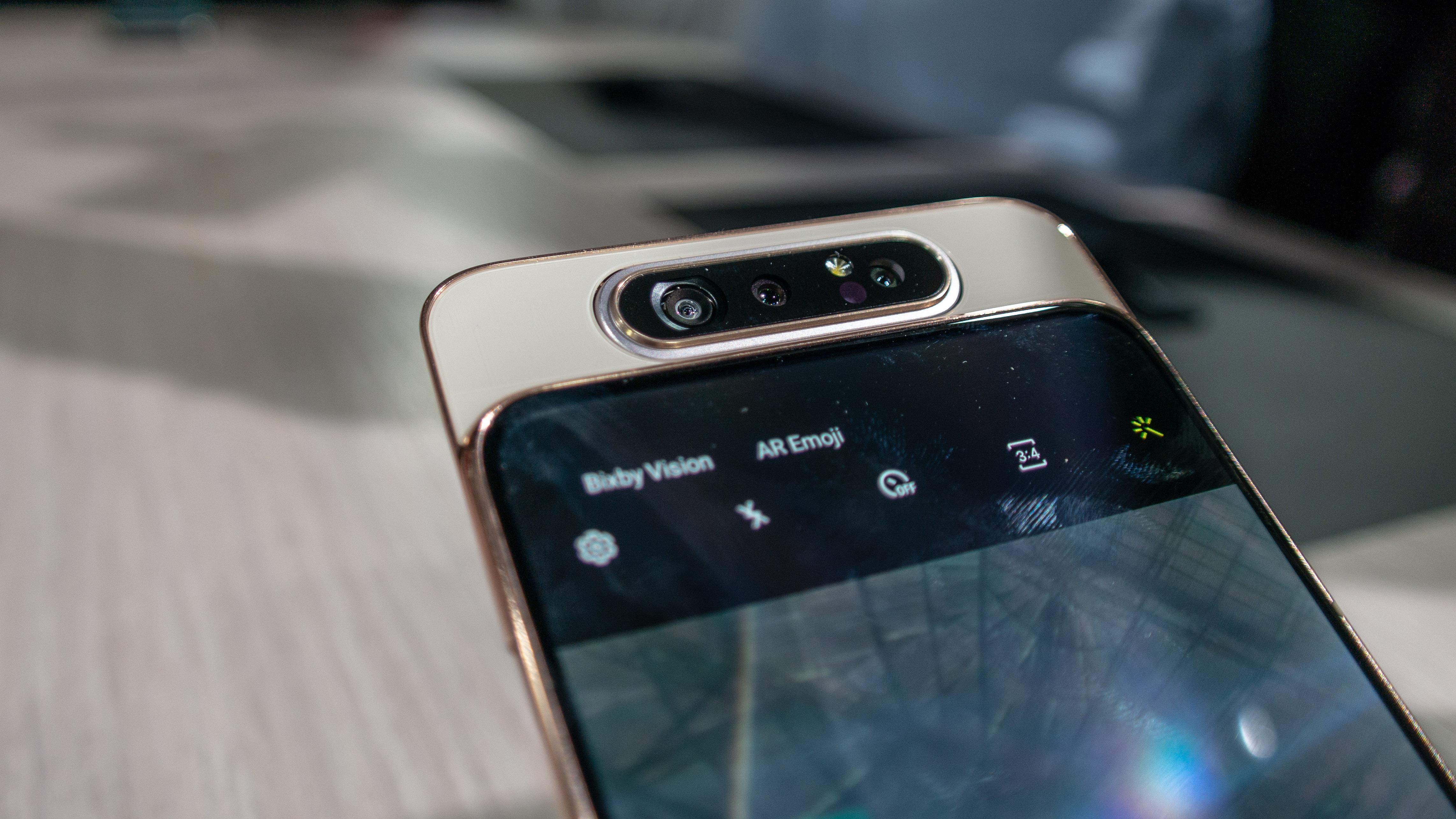 Samsung Galaxy A80 – slušná vstupenka do nové éry [první dojmy]