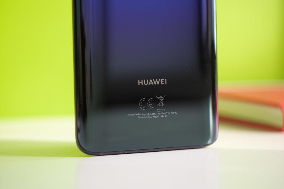 Huawei P Smart Z by měl nabídnout vysouvací fotoaparát
