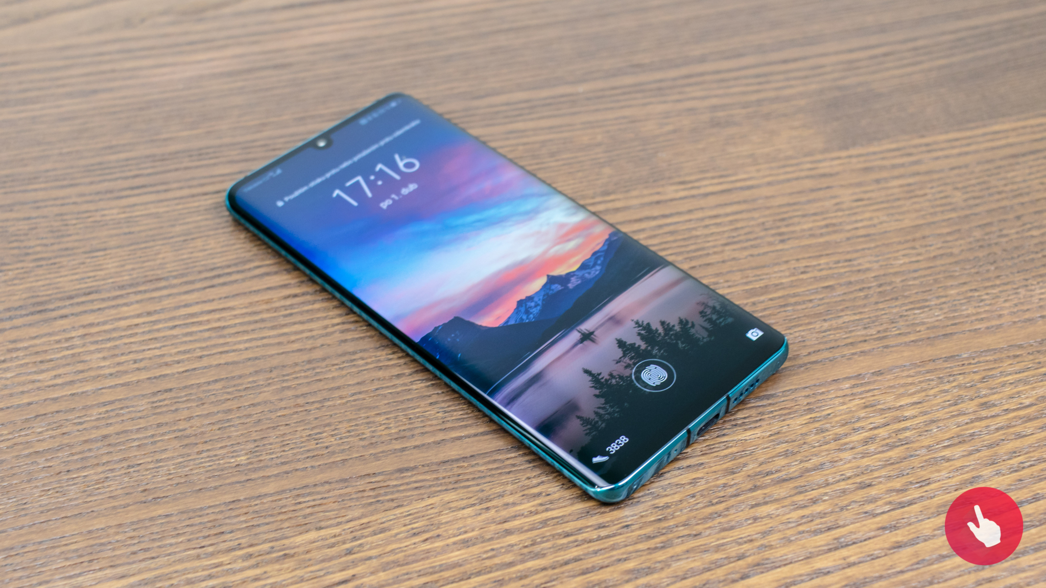 Huawei začalo zobrazovat reklamu na zamykací obrazovce svých smartphonů