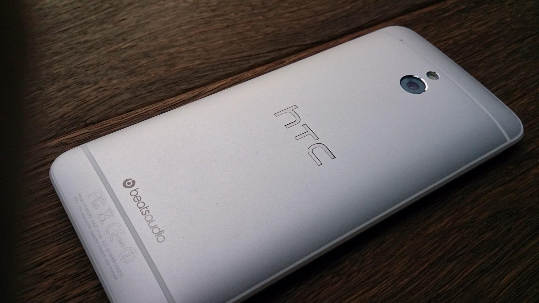 HTC se vyjádřilo k mizejícím aplikacím z Obchodu Play [aktualizováno]