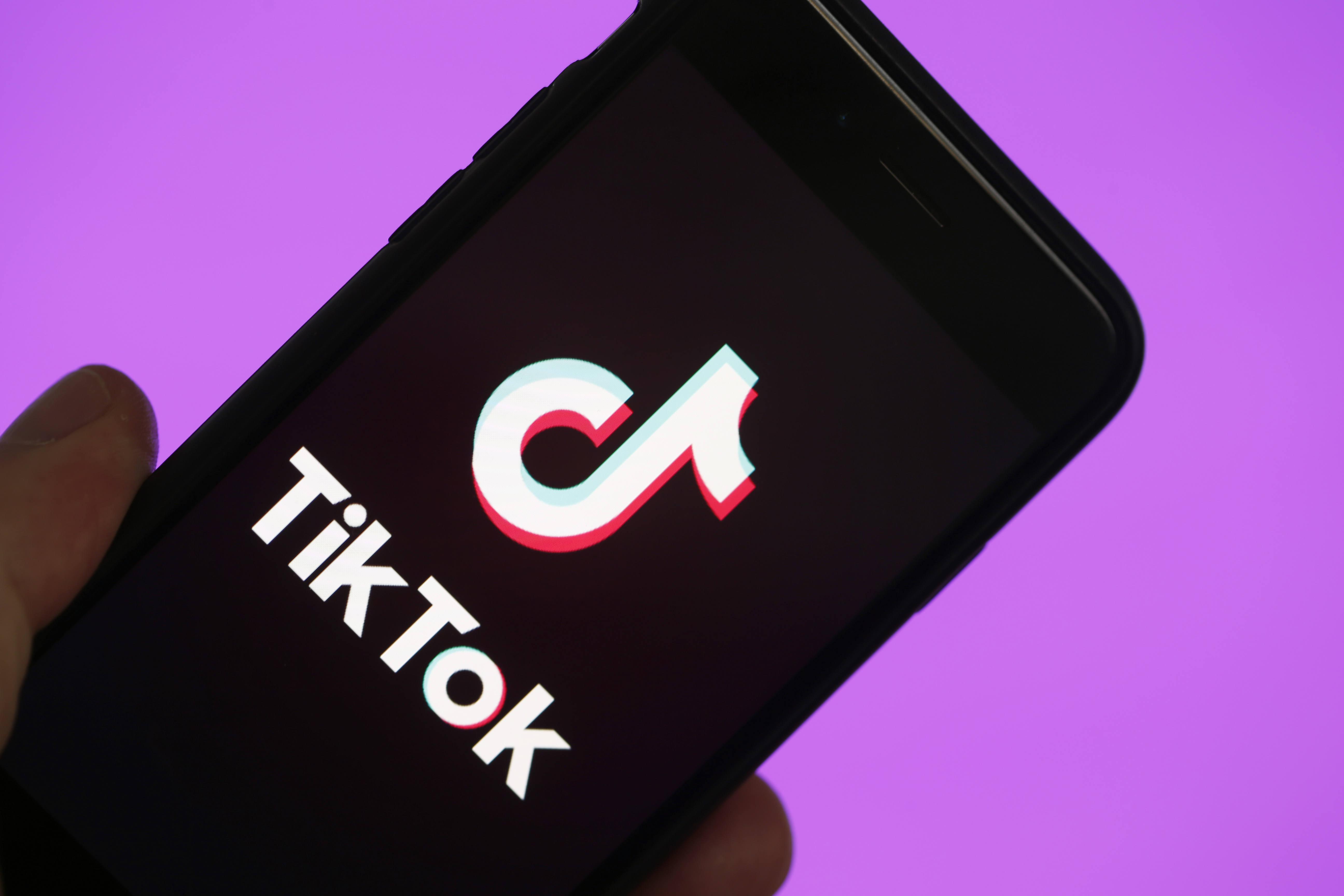 Společnost stojící za TikTok potvrzuje přípravy na vlastní smartphone [ aktualizováno]