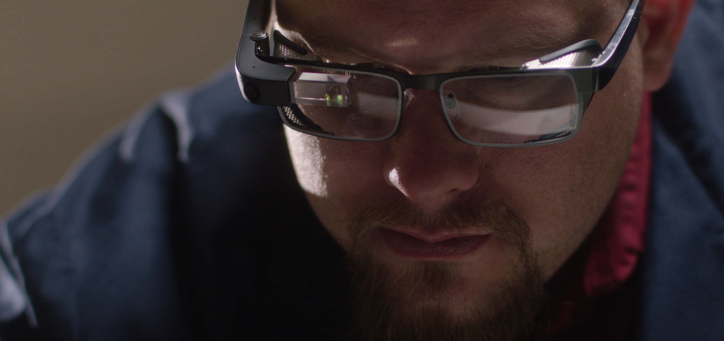 Google představil Glass Enterprise Edition 2