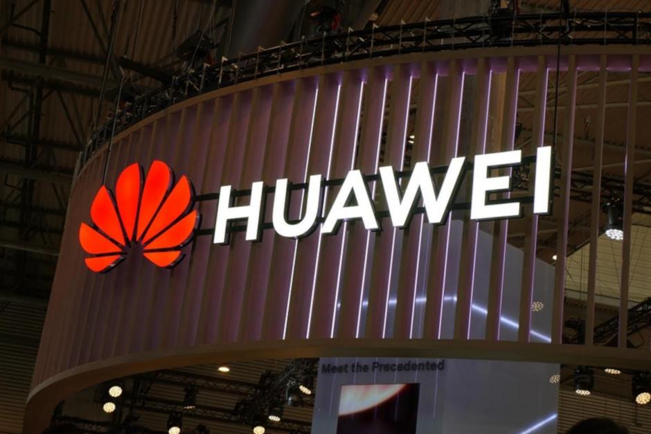 Huawei se snaží přetáhnout vývojáře z Androidu do své nové platformy