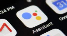 Systémový Google widget projde úpravou, nahradí se vyhledávání hlasem