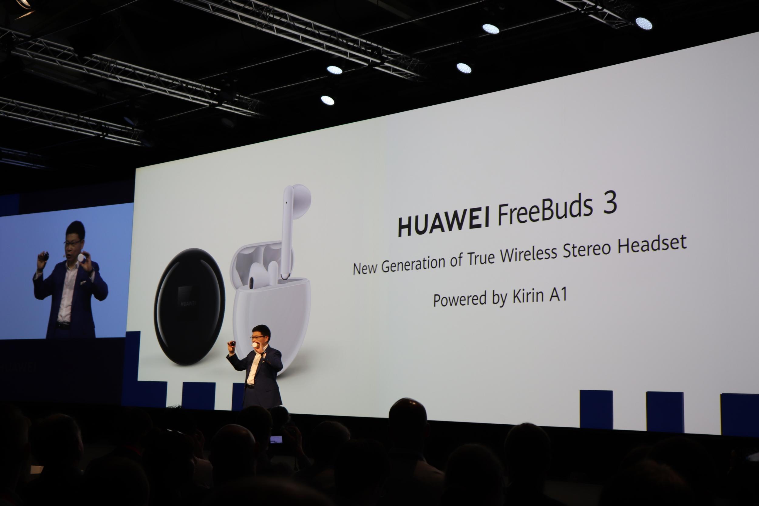 Huawei FreeBuds 3 přichází do Česka, stojí 4 799 Kč [aktualizováno]