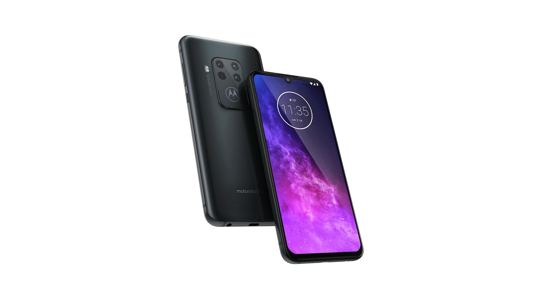 Motorola One Zoom představena, stojí 10 999 Kč [IFA]