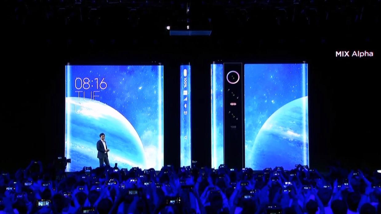 Oficiálně: Xiaomi Mi Mix Alpha ohromuje displejem, je zahnut až na záda