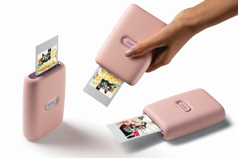 Kompaktní tiskárna Fujifilm instax mini Link nabízí okamžitý tisk fotografií