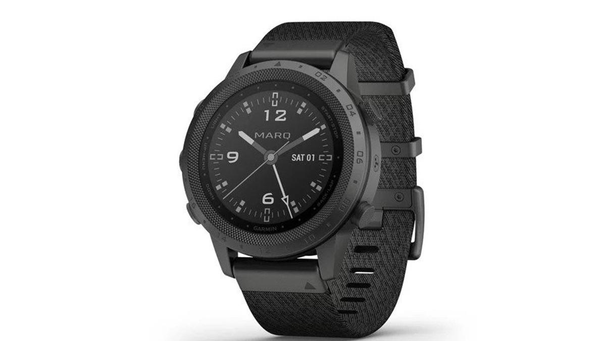 Garmin MARQ Commander jsou nové luxusní hodinky za 42 900 Kč