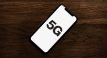 Apple zřejmě začne představovat čtyři iPhony ročně